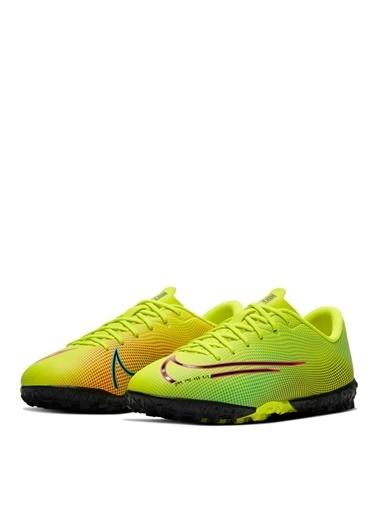 Nike Halı Saha Ayakkabısı Sarı